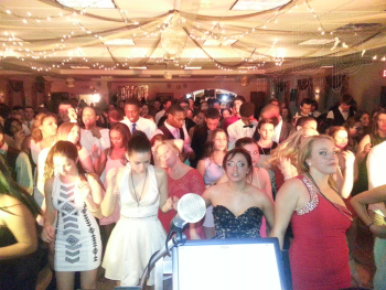 RI-MA-CT Wedding DJ & RI-MA-CT DJ Services & RI-MA-CT Disc Jockeys schools prom dances